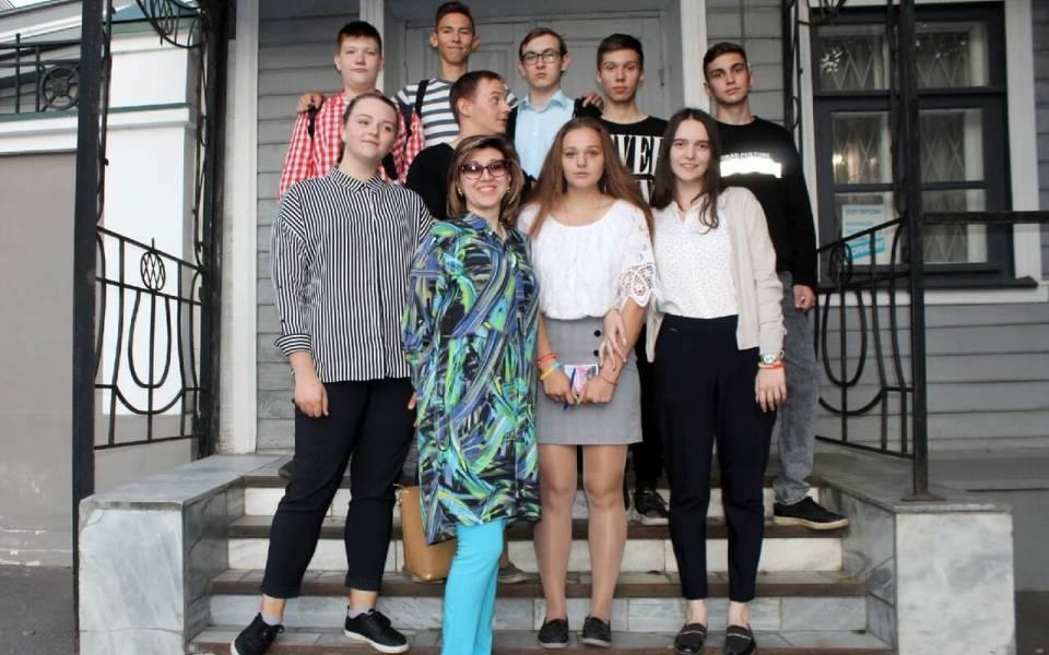 Студенты ФСПО вмузее Боратынского