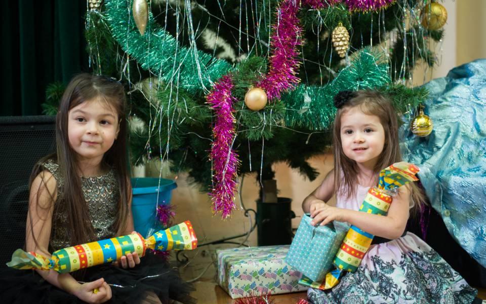 Маленькие гости новогоднего представления