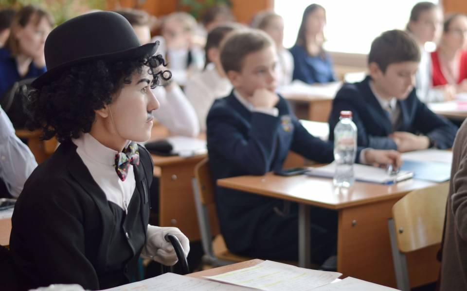 Участники гуманитарно-языковой секции конференции «Петровские чтения»