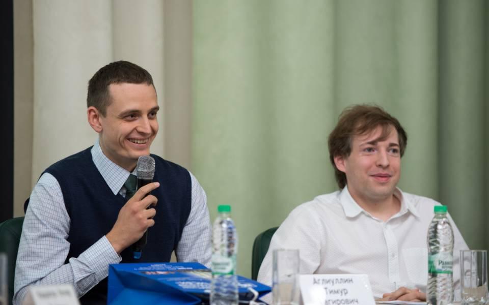 Тимур Аглиуллин — главный советник Отдела по реализации инвестиционных программ в дорожном и строительном комплексах Аппарата Кабинета Министров РТ и Адель Кудыгалов— директор «Digital-агентство itpro»