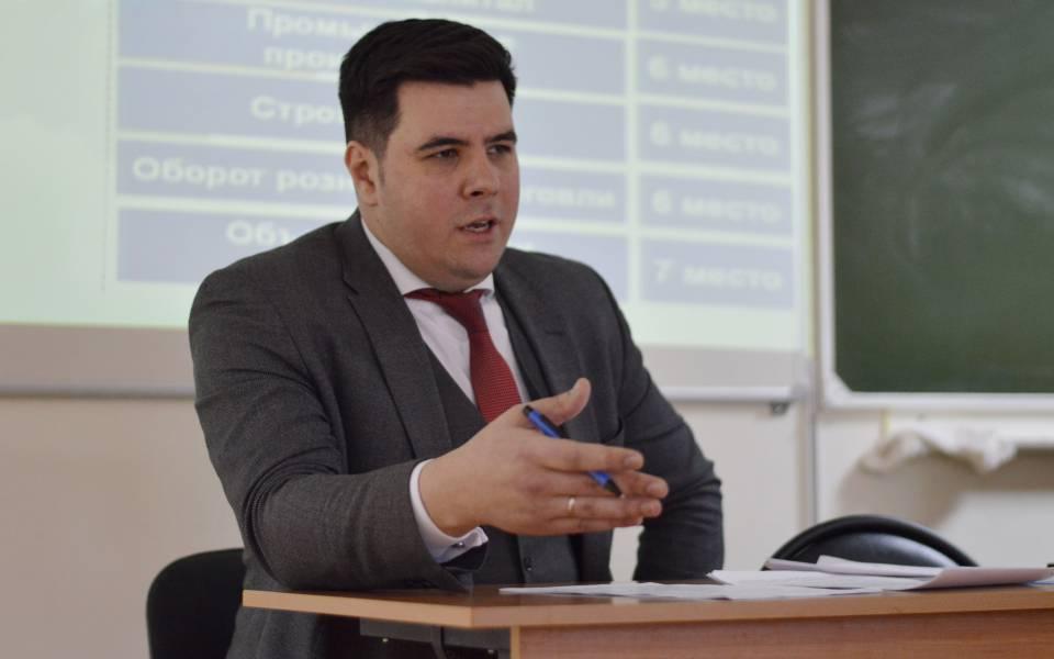Заместитель министра труда, занятости исоциальной защиты Адель Мубаракшин